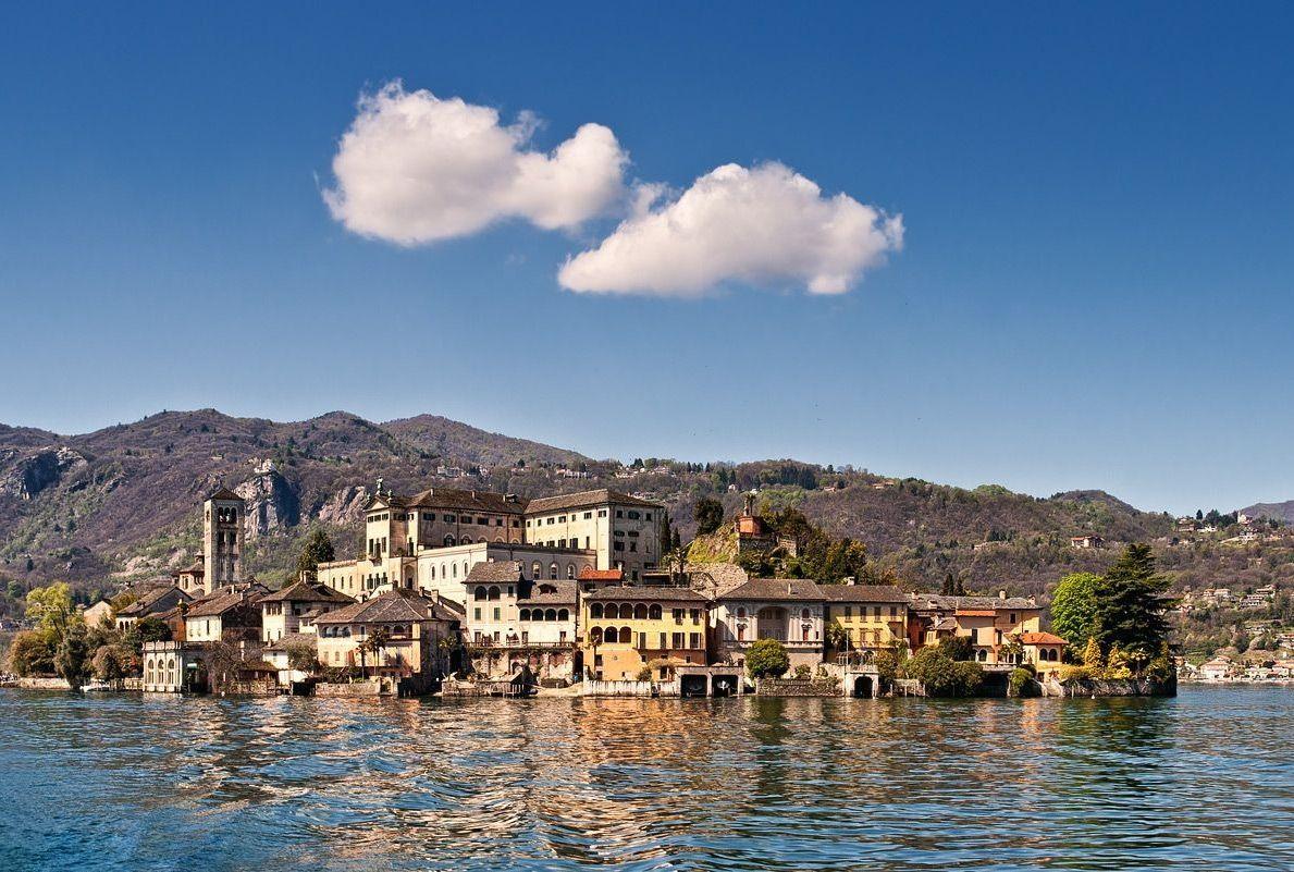 Isola Di San Giulio Lago D Orta